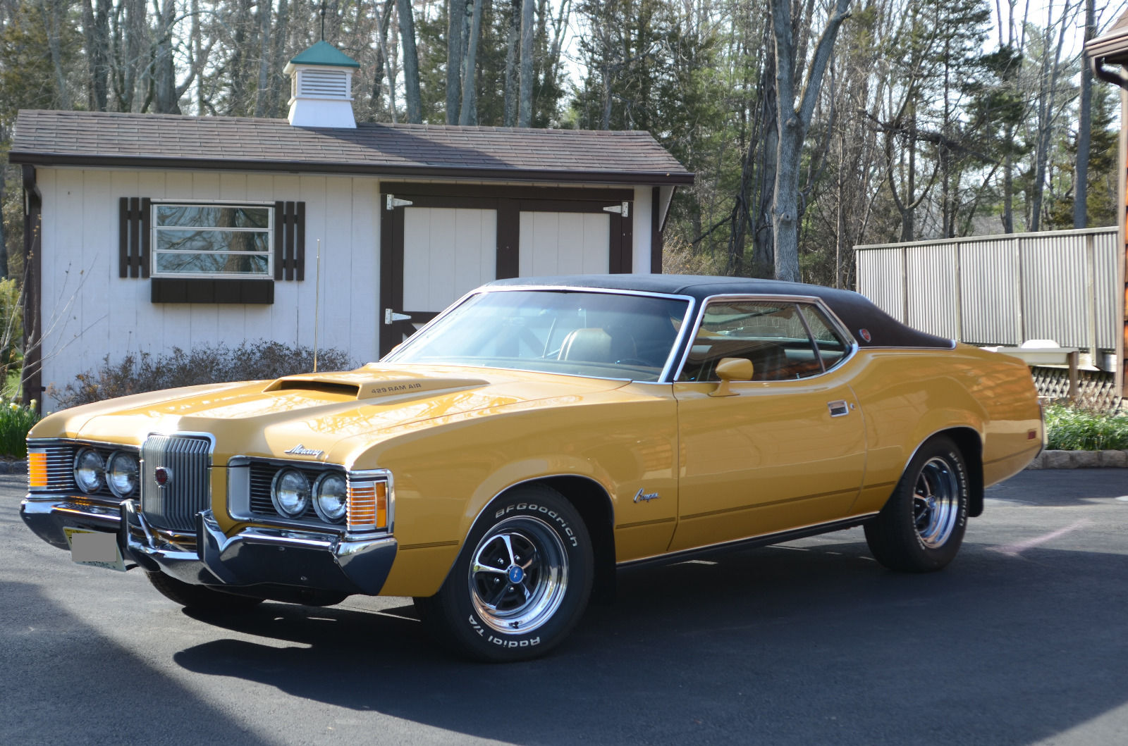 money no object this 1971 mercury cougar. Black Bedroom Furniture Sets. Home Design Ideas