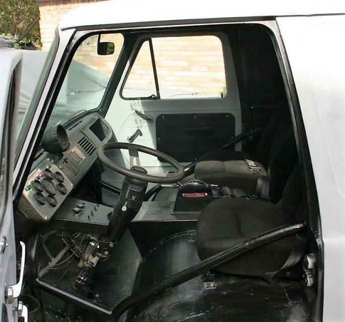 1963 econoline windshield