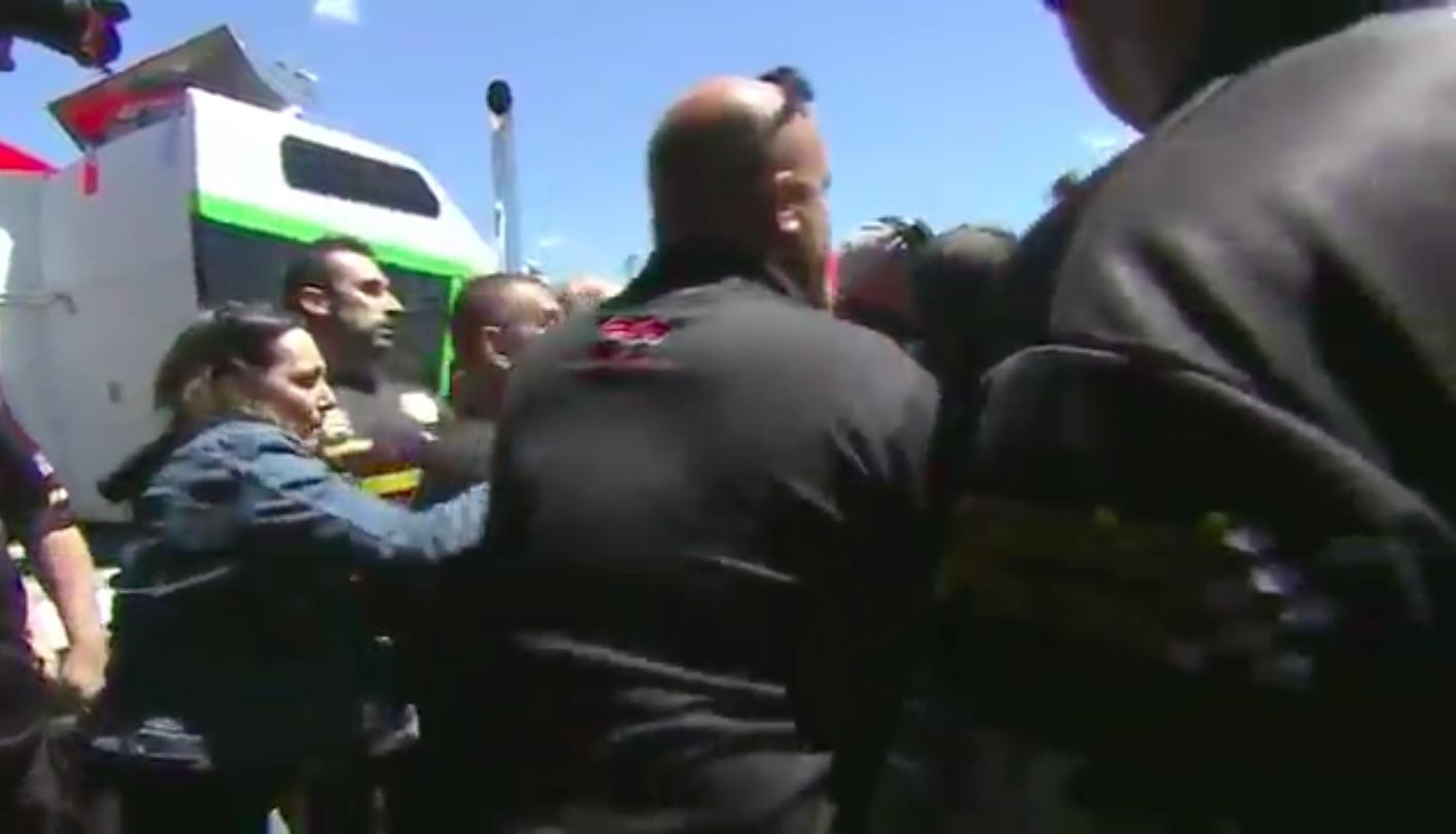 bangshift com elite motorsports and gray motorsports crews brawl