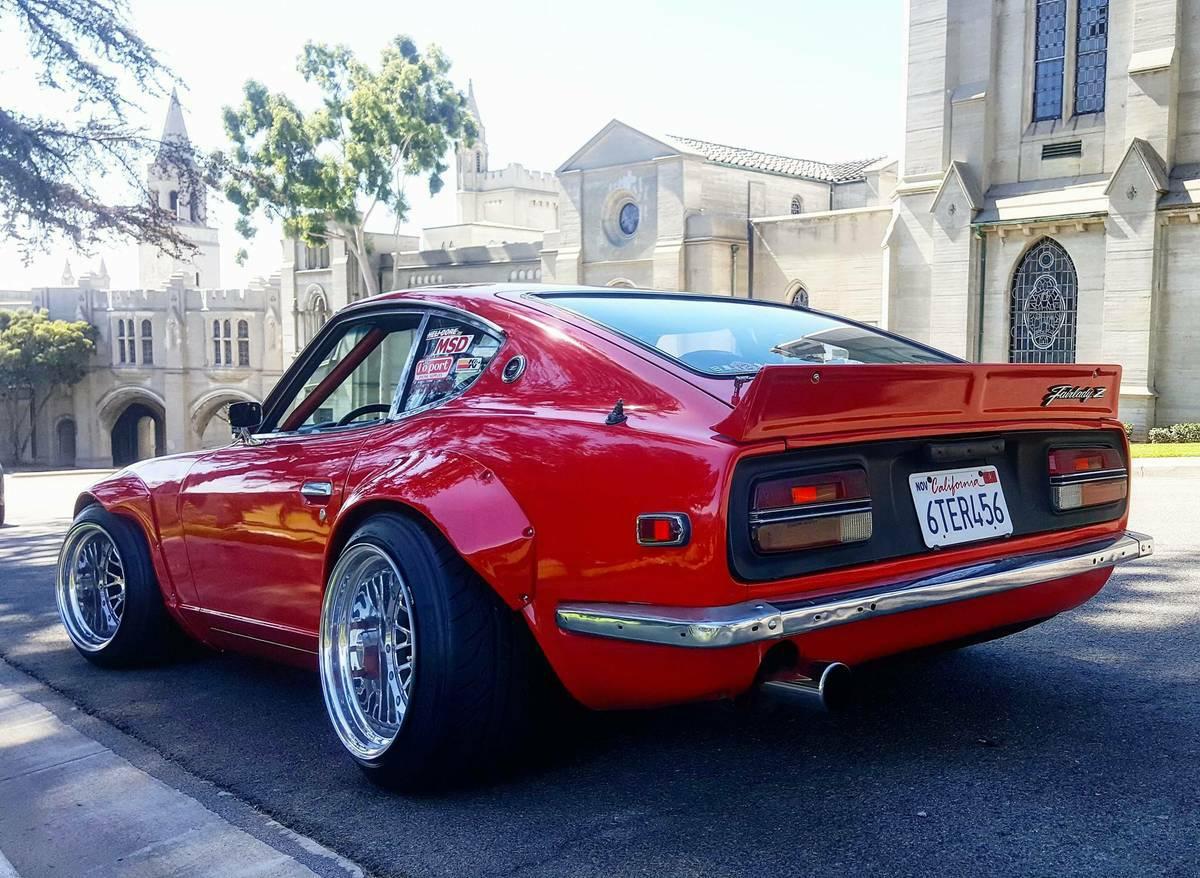 Flared Datsun Z on 240z Rear End