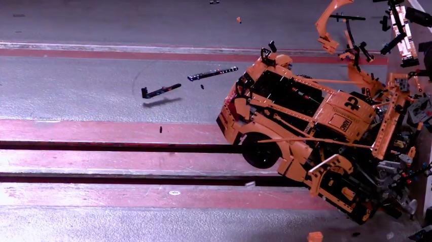 lego porsche crash test video germany funny toys. Black Bedroom Furniture Sets. Home Design Ideas