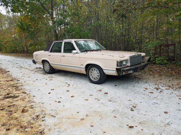 That's Just Evil: Someone Finish Building This 1982 Ford Granada!