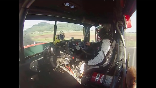 Morning Symphony: Banging Gears In A V8 Mack R-Series In New Zealand!