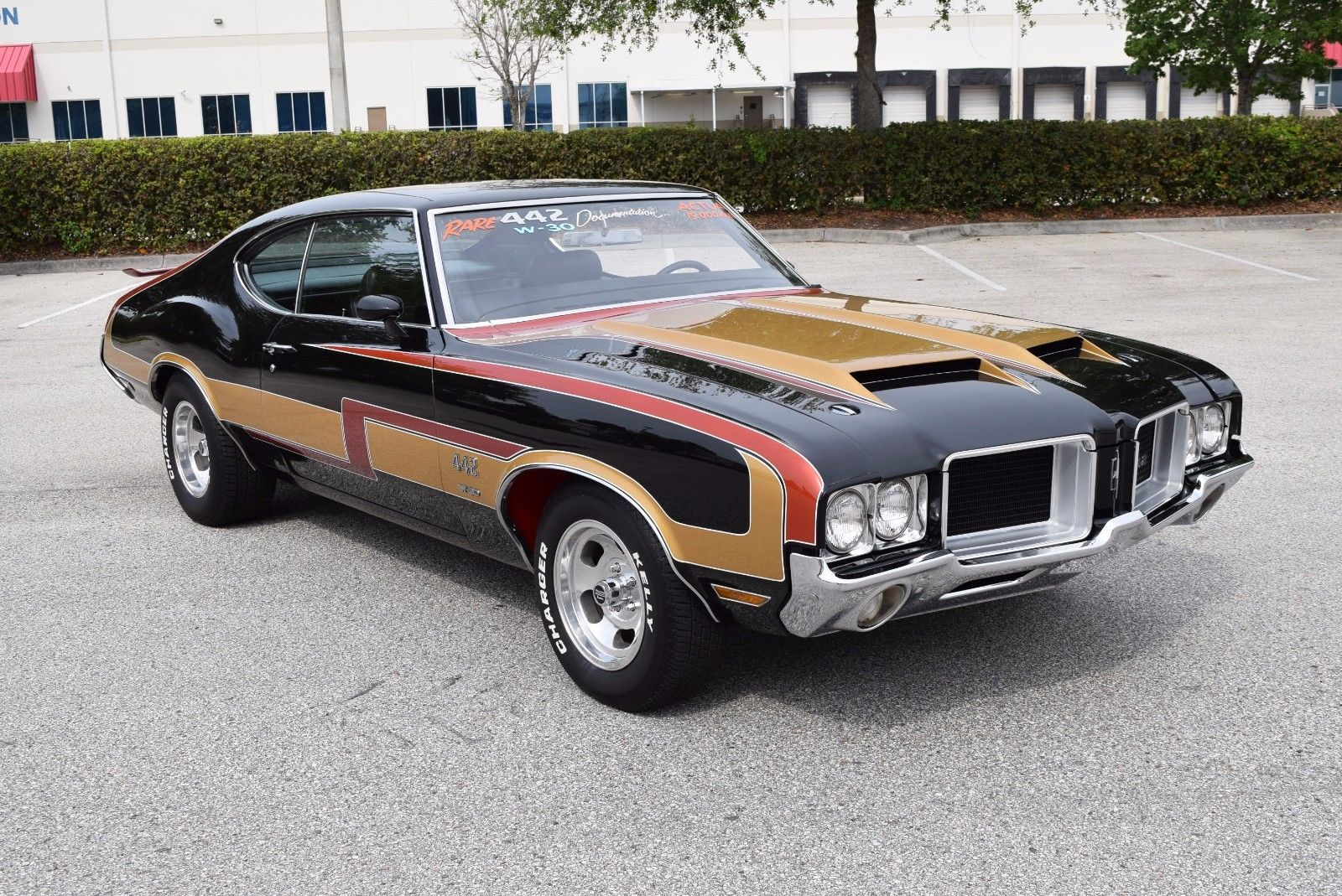 This 1971 Olds 442 With 1979 Paint And Slot Mags Is Pretty Sweet – Best of Both Worlds?
