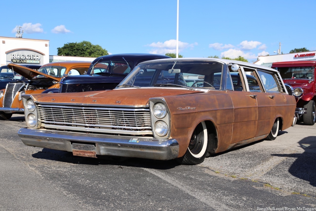 Cruise-In Gallery: The JDRF Cruisin' For A Cure Show At Bruster's Ice Cream In Bowling Green