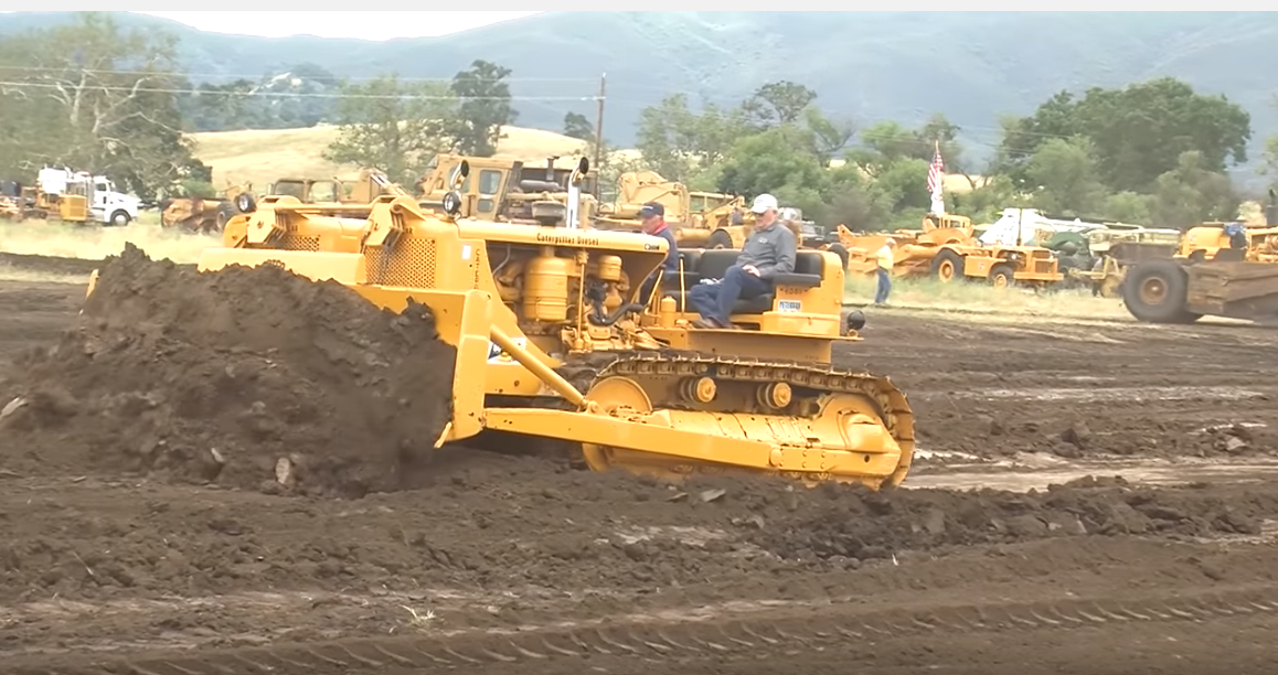 More Monster 'Dozer Action – Check Out This 1950s Siamese Twin D8 Caterpillar! (Video)