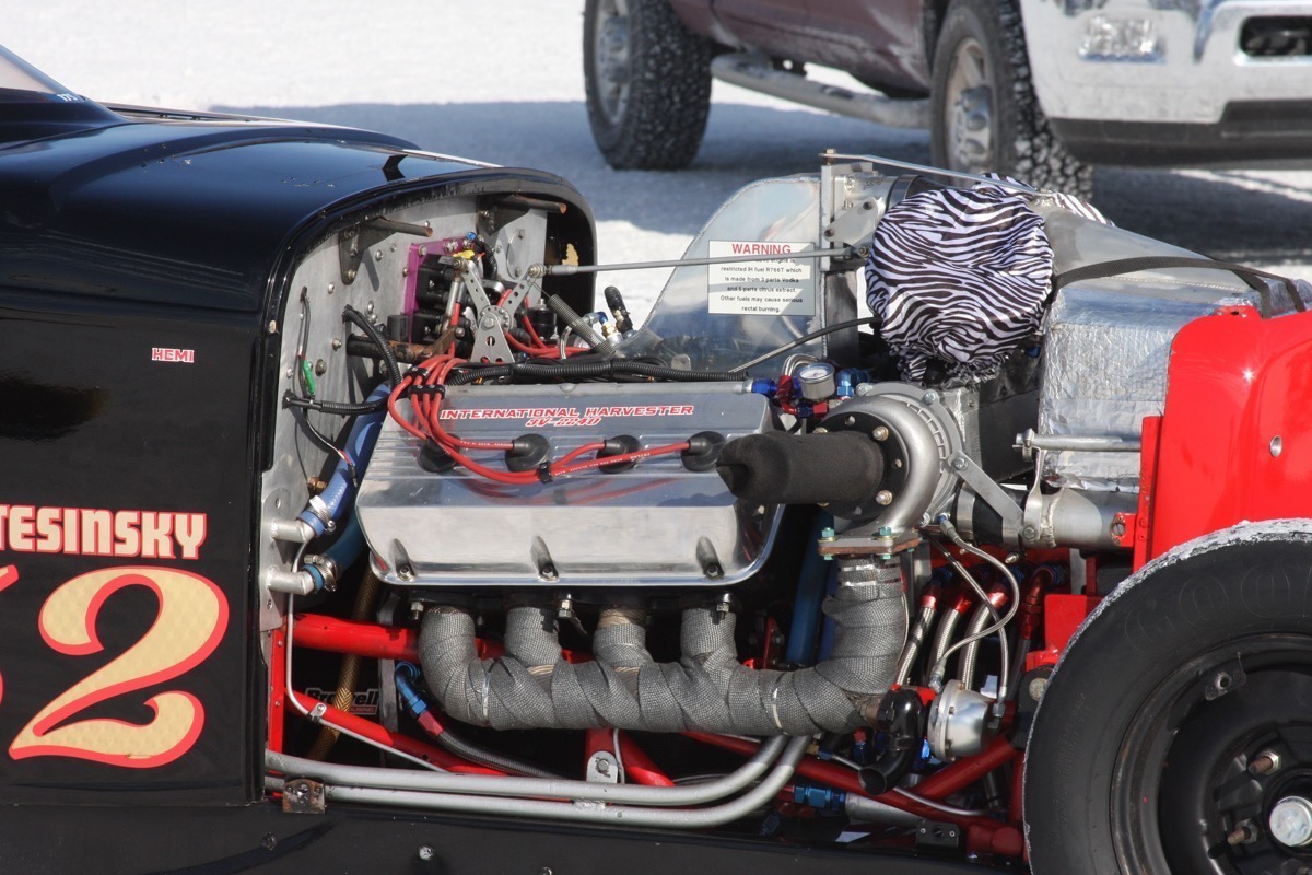 Engines! Here's A Gallery Of Very Diverse Power Plants On The Salt At Bonneville Speed Week 2017