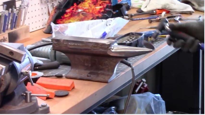 Awesome Video: How To Make A Blacksmith's Anvil Out Of Railroad Track!