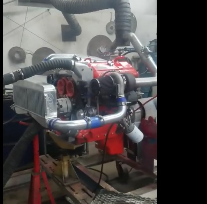 Listening To This Aluminum Block 6V53TT Detroit Diesel Turn 3,275 RPM Is Nearly Religious