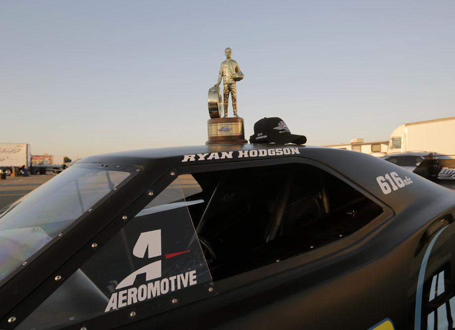 Aeromotive And Waterman Dominate NHRA California Hot Rod Reunion Nitro!