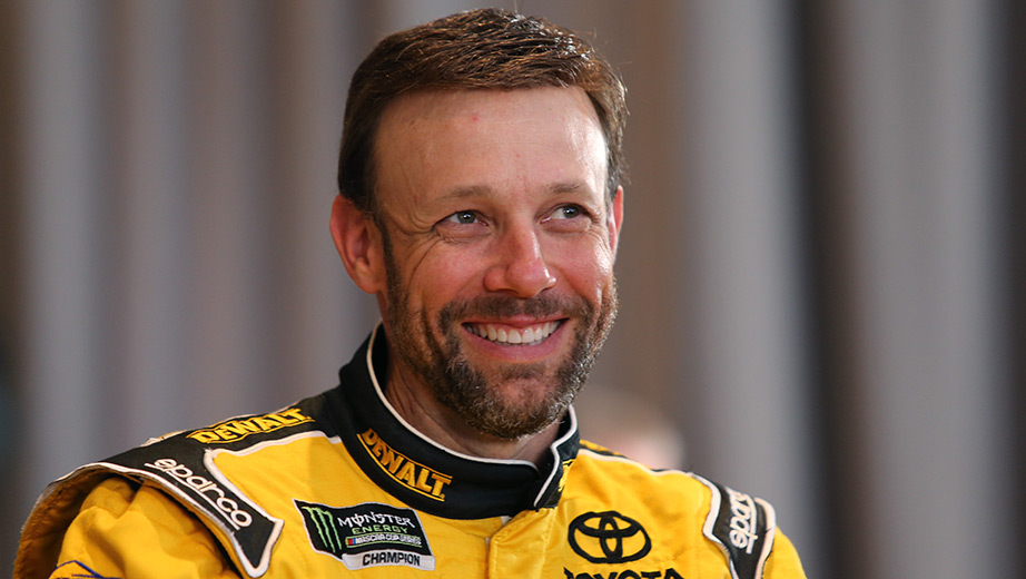 One Man Too Many: Championship Hopes For Matt Kenseth Dashed At Kansas During Pit Stop