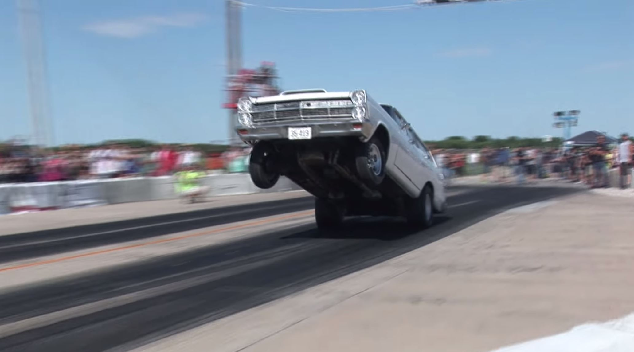 17 Awesome Wheelstands From Urban Hillbilly Videos To Commemorate 2017