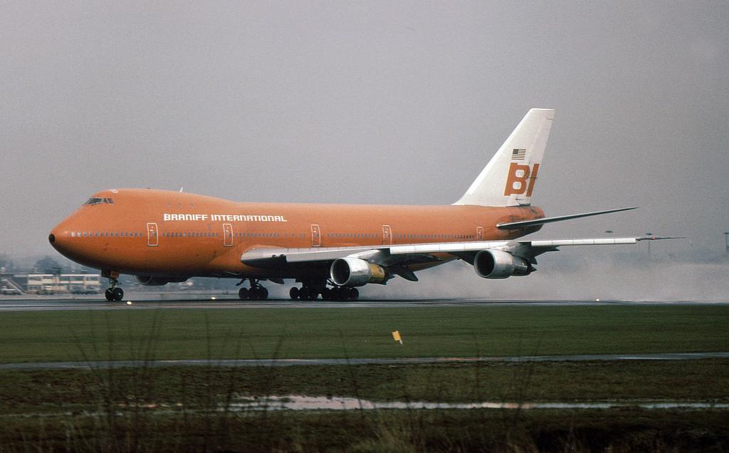 """Unhinged: The Story Of N601BN, Braniff International's """"Big Orange"""" Boeing 747"""