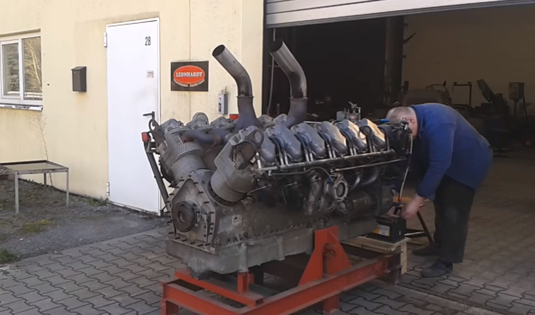 Watch And Listen – This V12 Continental Tank Engine Is Huge And Cool And Makes Real Power