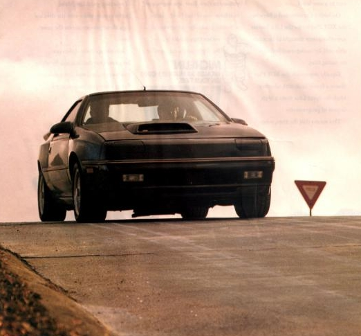 Random Car Review: The 1989 Dodge Daytona Decepzione – Ground Clearance May Be An Issue!