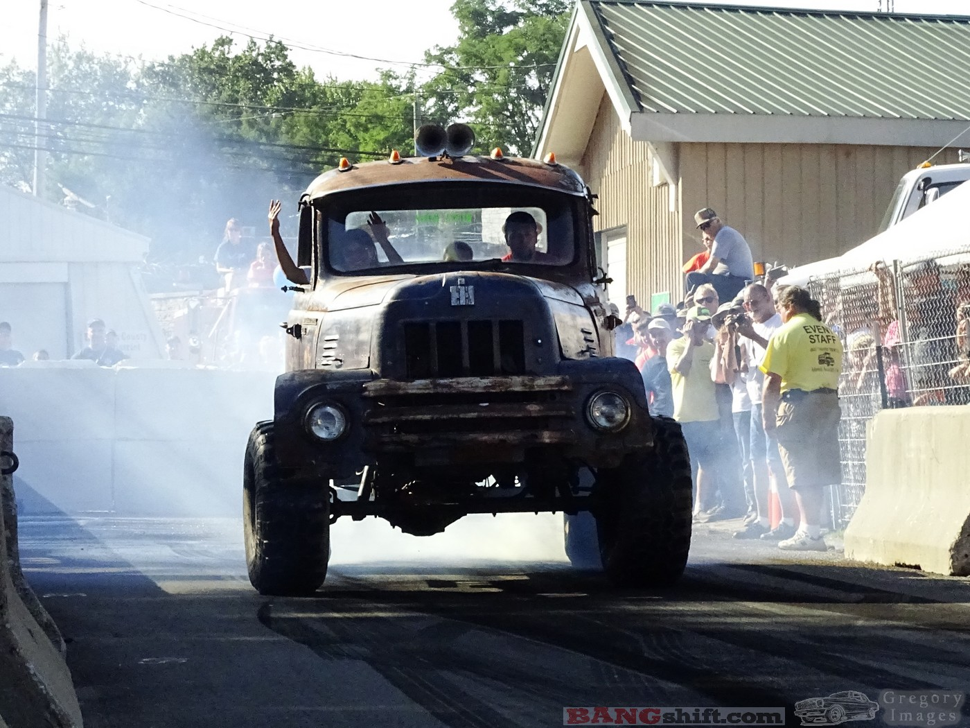 Cynthiana Rod Ron Burnout Contest Photos: Smoking The Tires At The Awesome Cruise Event