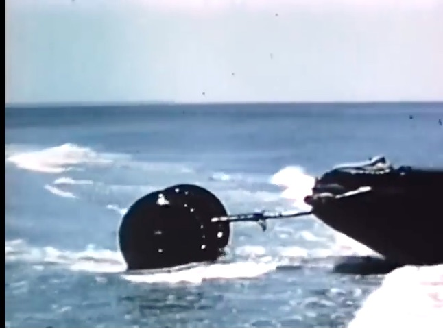 Awesome Failure: This 1960 Video Shows The Army Testing Rolling Fluid Transporters – Brilliant But Unsuccessful