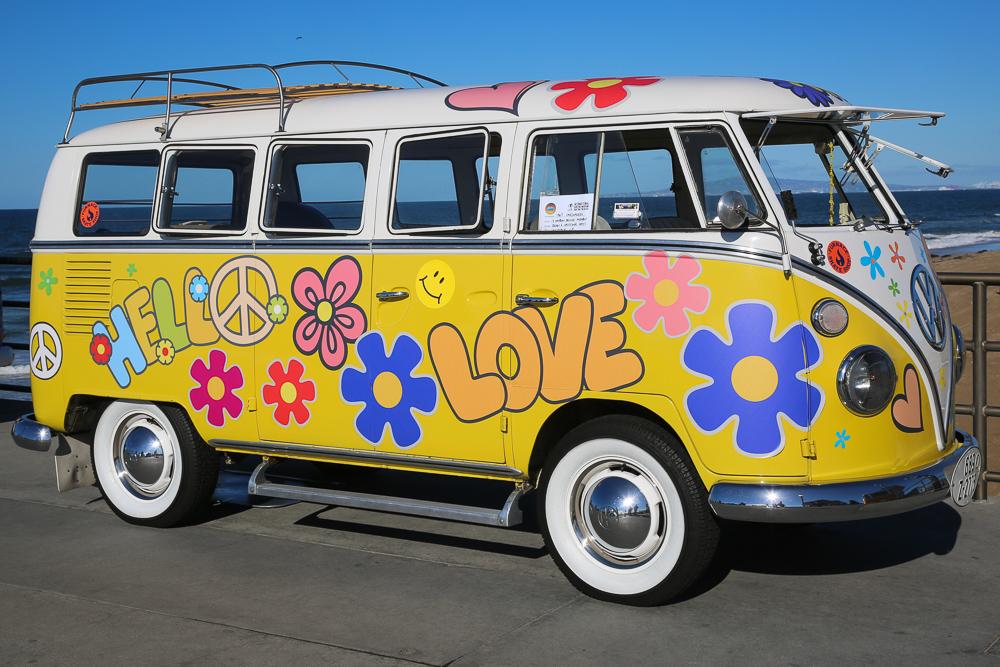 Kowabunga Dude! Volkswagen Surf Vans At The Surf City Pier!