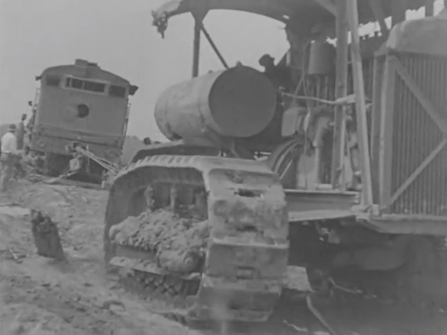 Awesome Historical Video: The Industrial Use Of Caterpillar Tractors – Mechanical Awesome From 1926