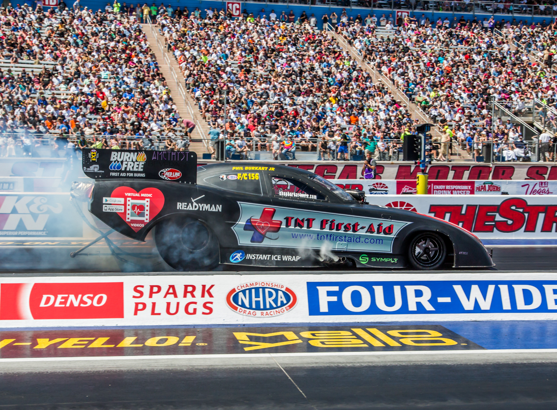 2018 NHRA Denso Spark Plugs 4-Wide Nationals Action Photo Coverage: Funny Car Fever Strikes Vegas!