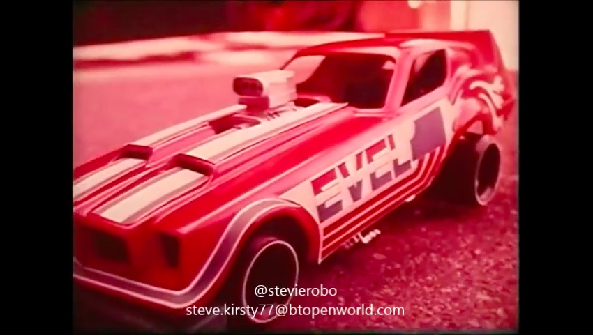 Video: These 1970s Evel Knievel Drag Racing Toy Commercials Are Great – Did You Have Them?