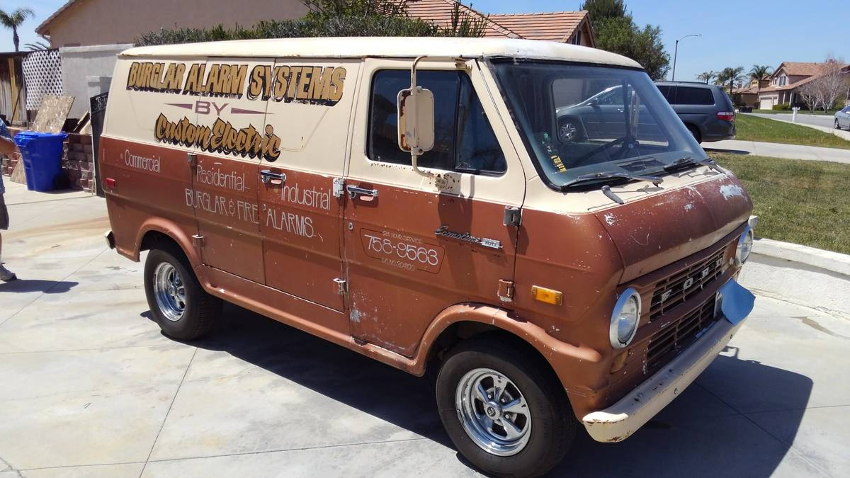This 1971 ford econoline van is a weekend away from cruiser perfection