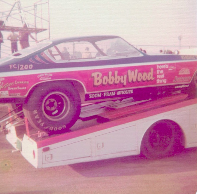 Vintage Drag Photos: These Images Were Taken By A Happy 13 Year Old Kid Working In The Parking Lot Of US30 Drag Strip!