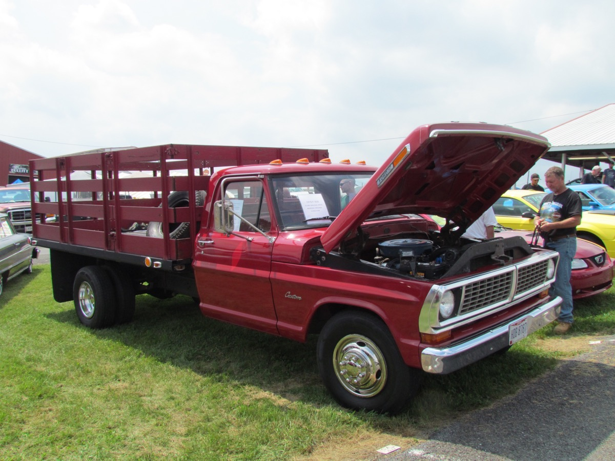 2018 Carlisle Ford Nationals Coverage: We're Kicking It Off With Trucks and Tractors!