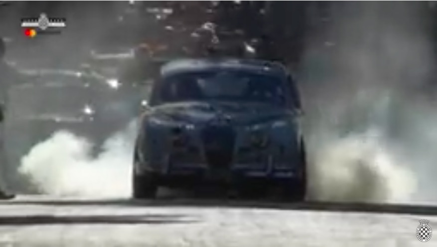 The Bad Brit: Check Out This Classic Jaguar Mk1 Roasting Tires And Sliding Sideways At Goodwood