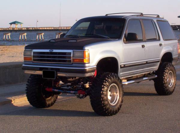 Lifted Ford Explorer >> Bangshift Com Rough Start Never Pass On A Properly Lifted