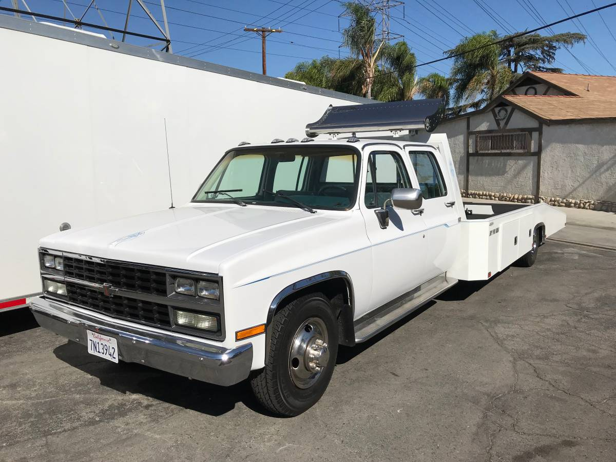 Bangshift Com This Incredibly Nice 1990 Chevrolet Crew Cab Ramp Truck Has Just Been Gone Through And Is A Must Buy Bangshift Com
