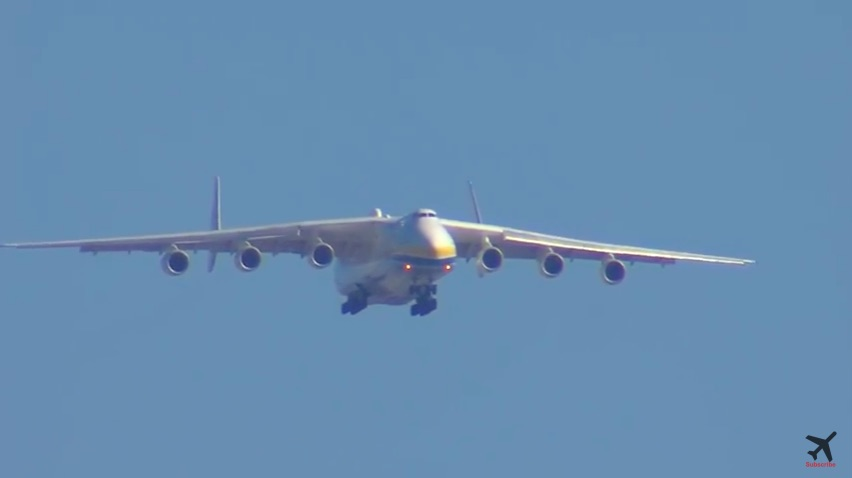 Supermassive: The Antonov AN-225 Coming In To Land At Oakland