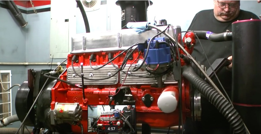 """A """"V"""" Ain't The Only Way: Watch This Built Chevy 250 Make 320hp On The Engine Dyno"""