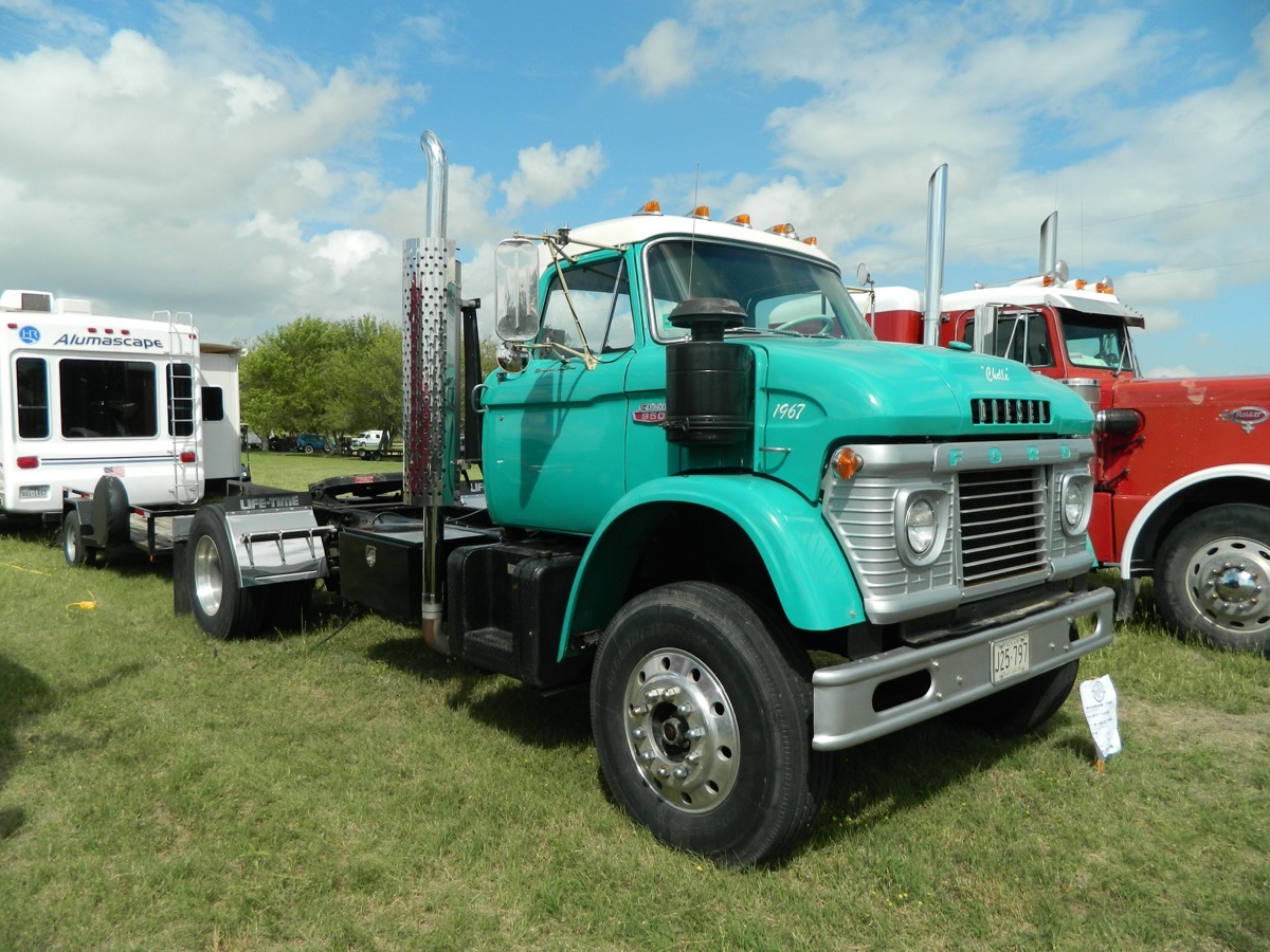 Texas Early Day Tractor and Engine Association State Show Gallery: More Tractors And Cool Old Rigs!