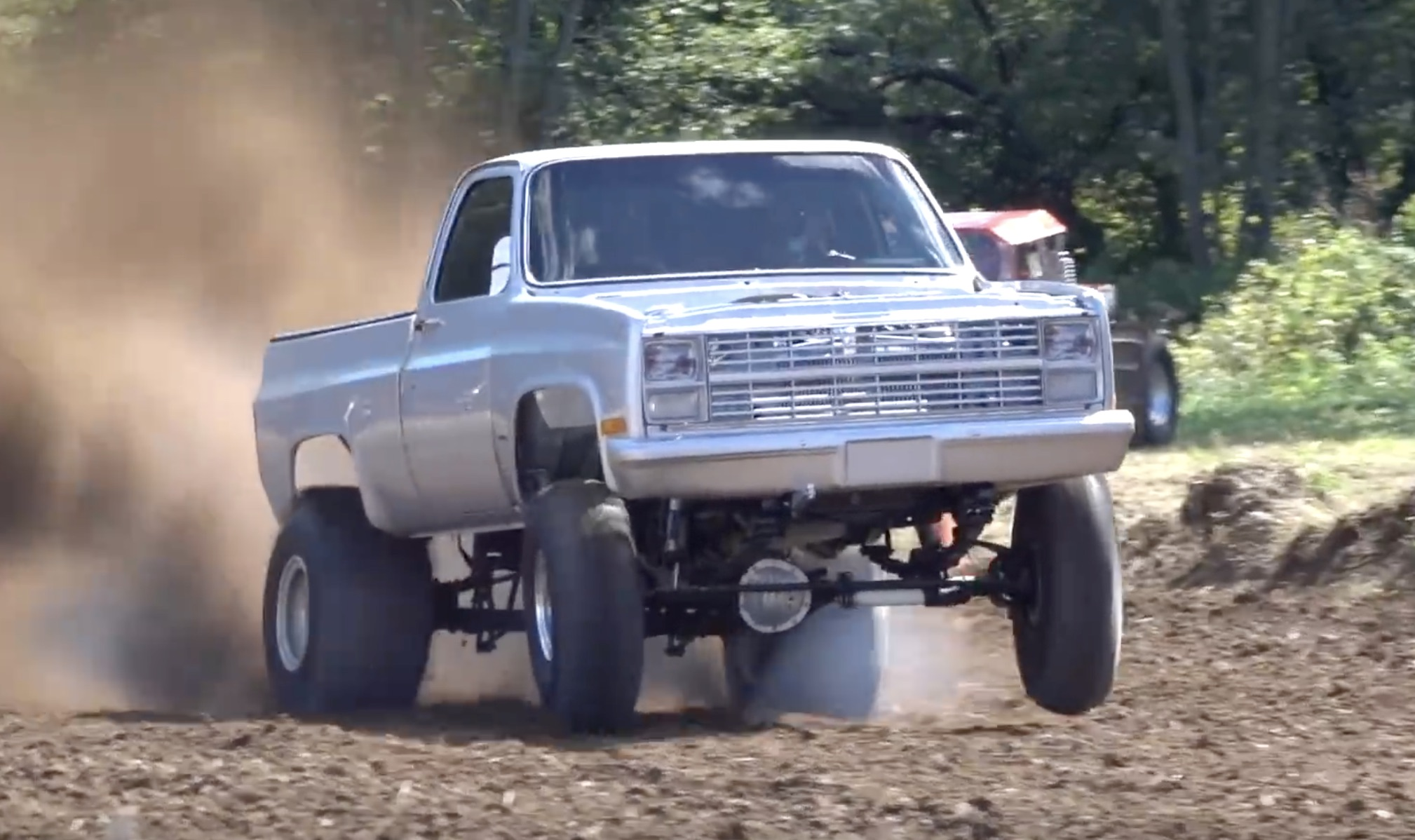 Dirt Drag Trucks In Michigan! Who Says Off-Roading Has To Be Slow?