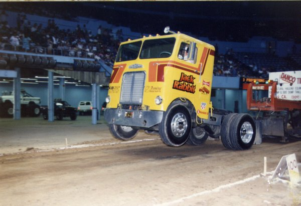 Racing Junk Find: You've Never Craved A 440ci Chrysler Big Block Powered Pulling Freightliner?