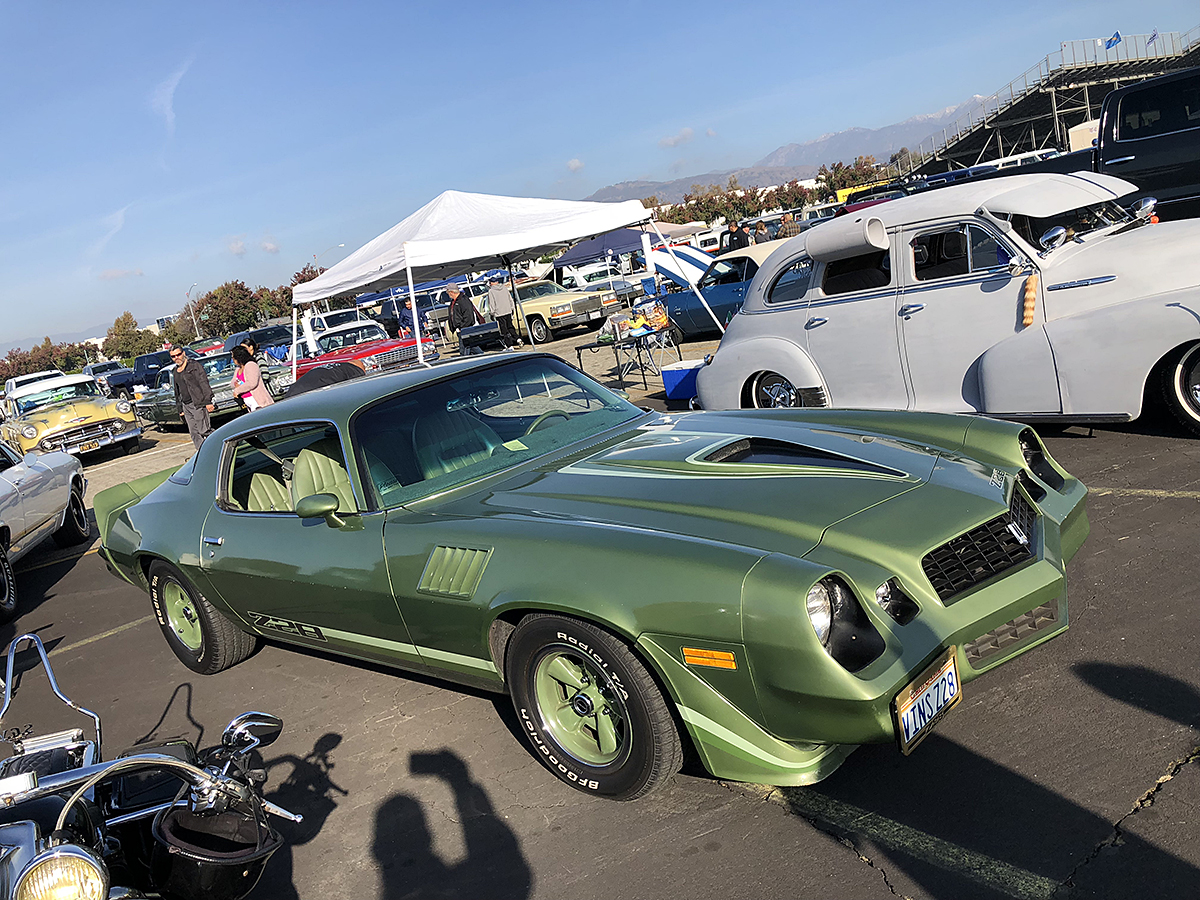 Final Pomona Swap Meet Of 2018: It's Christmas…Shouldn't You Get Yourself A Gift?