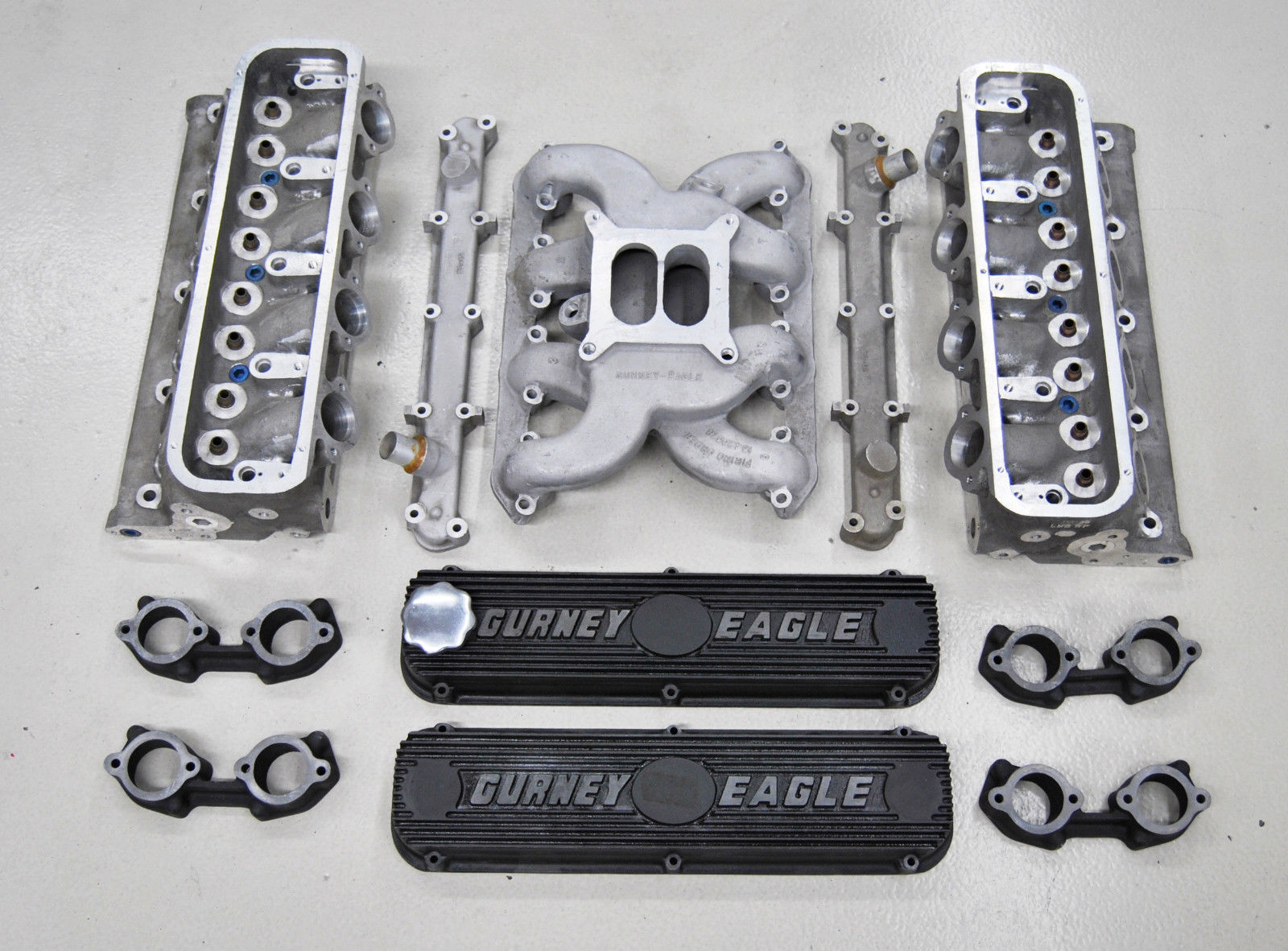 Want To Build The Coolest Small Block Ford You Can? Buy This Gurney-Weslake Top End Package – Vintage Power!