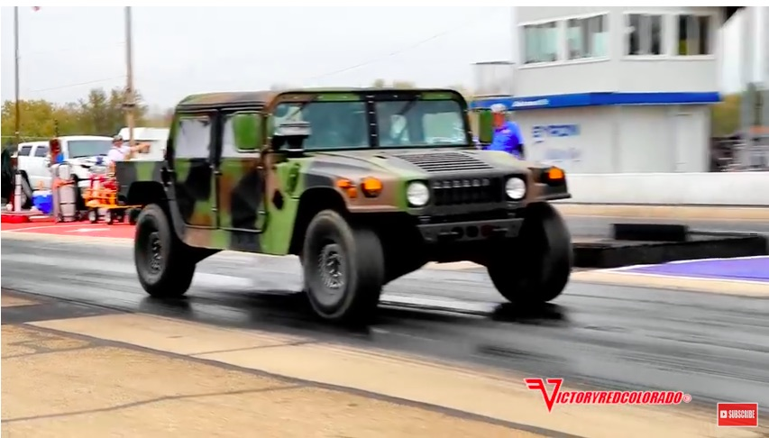 Hustlin' HUMVEE Video: This Military HUMVEE Has A Hot Rod Duramax Swap And Runs 12s!
