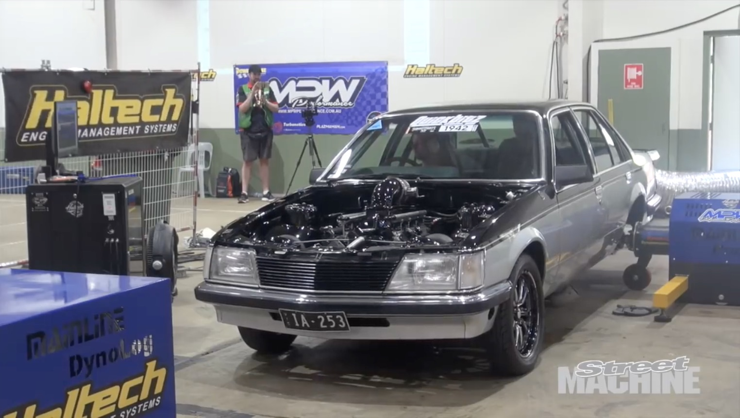 Rollin' Hard: This Street-Driven Holden Commodore Belted Out Nearly 2,500 Horsepower On The Dyno!
