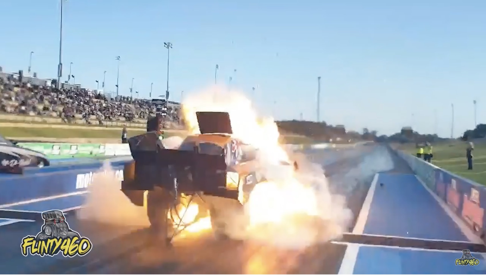 "Chemical Reaction: Anthony Begley's ""Chemical Warfare"" Funny Car Explodes At Perth Motorplex!"