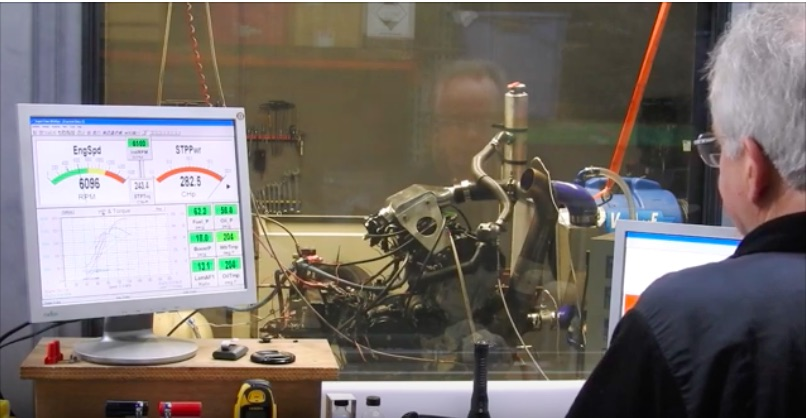 Watch This 100ci, Turbocharged, Bonneville Four Banger Make 400+ Horsepower on The Dyno