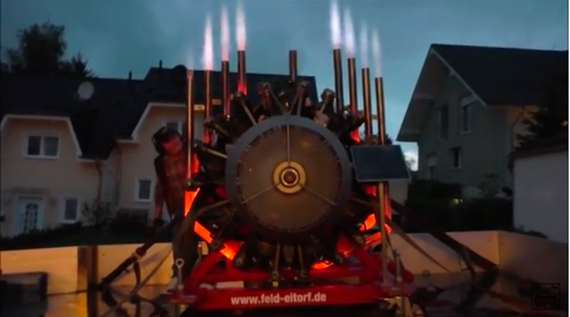 Radial Heat: Watch This Radial Engine Run On A Trailer And Nearly Melt Its Own Exhaust Off!