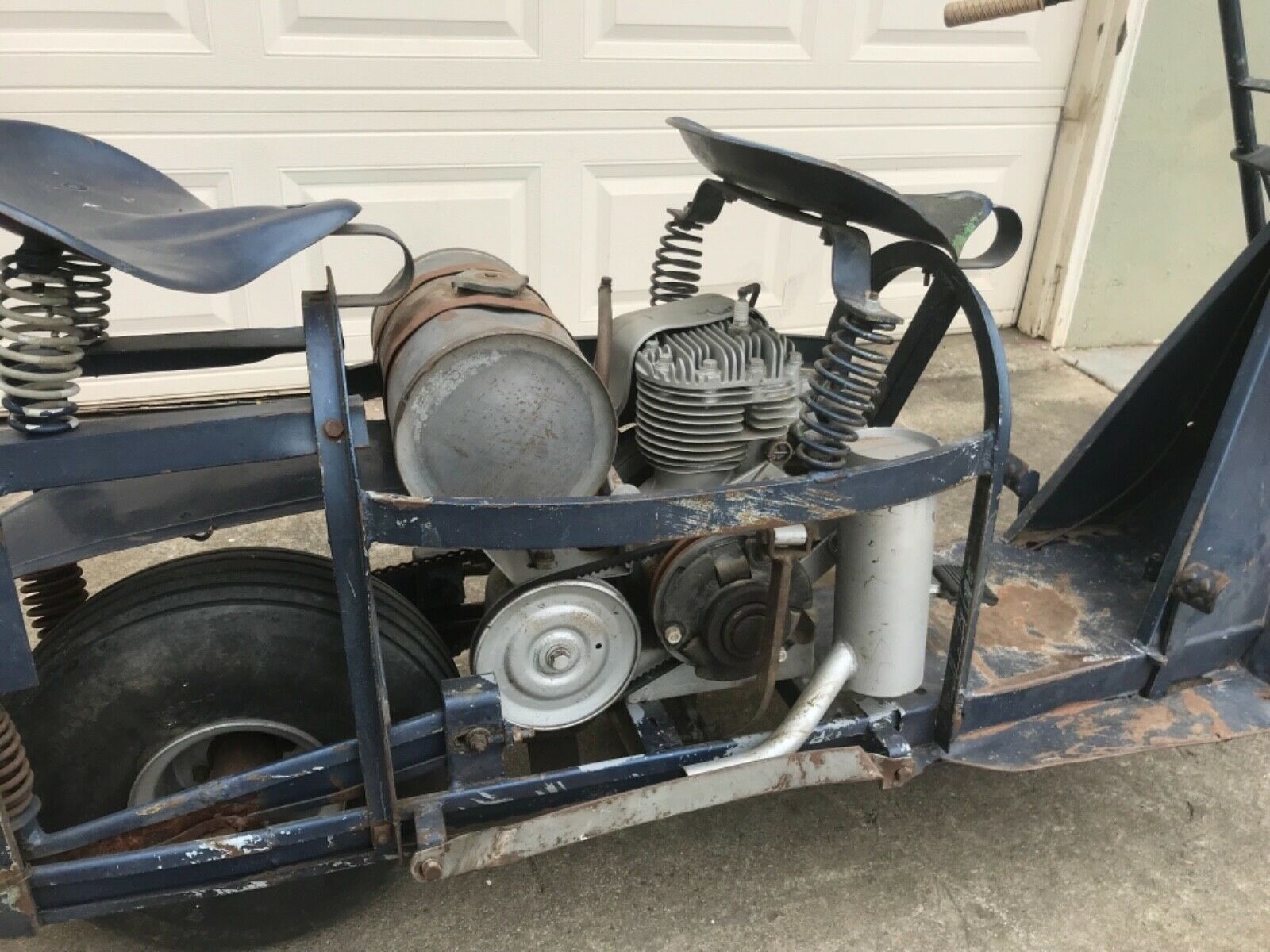 Bangshiftcom Us Air Force Cushman 53a Paratrooper Scooter History