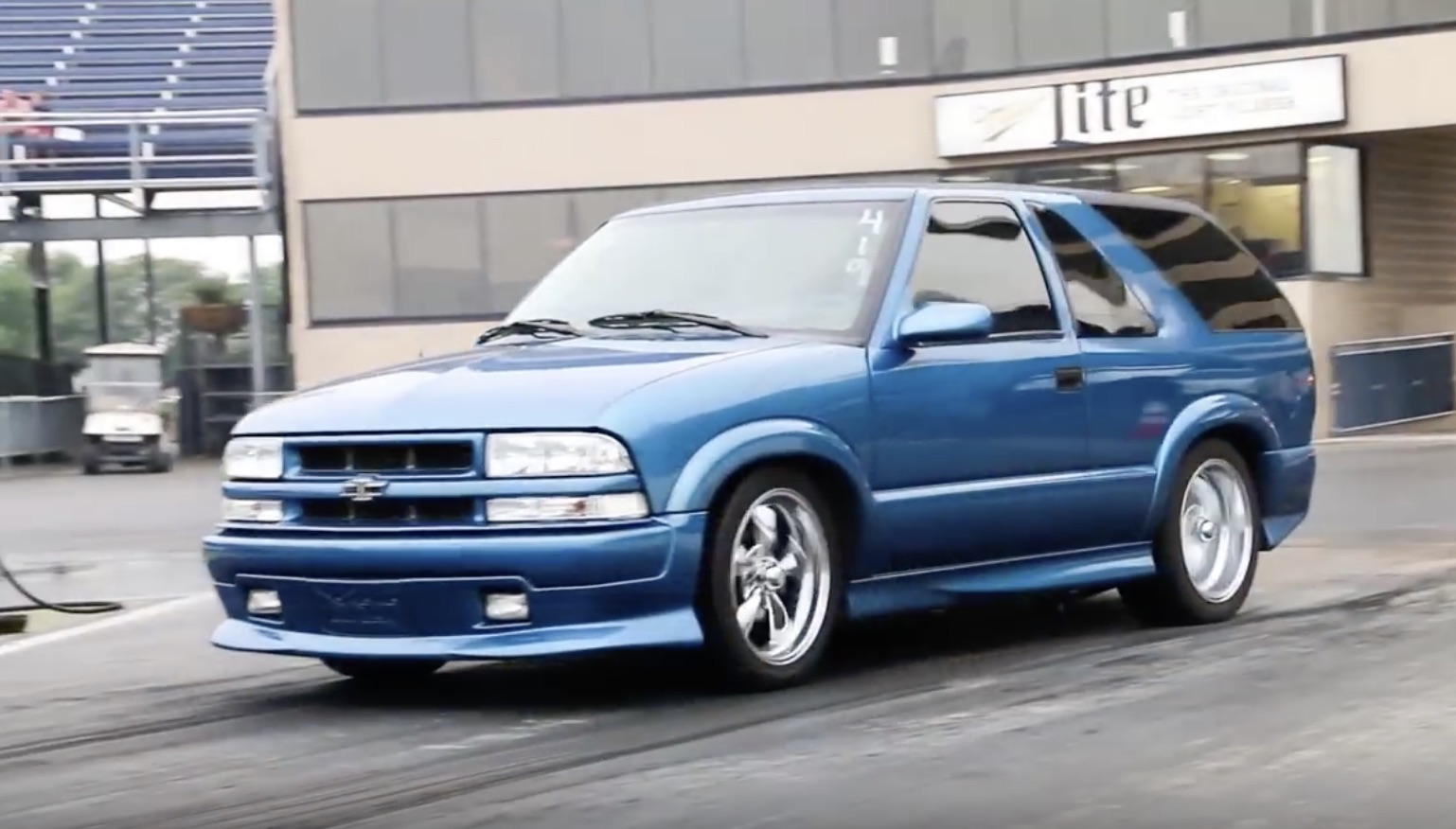 Bangshift Com Xtreme Opposite This Is How A 2000s Era Chevrolet Blazer Should Act Bangshift Com