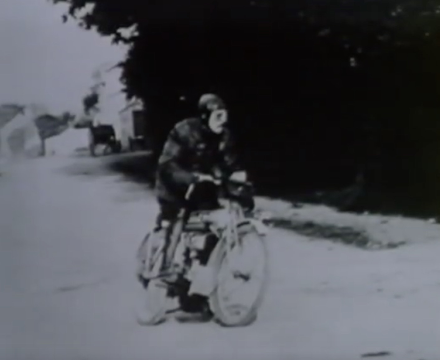 This Day In History: The Isle Of Man TT Race Is First Run In 1907