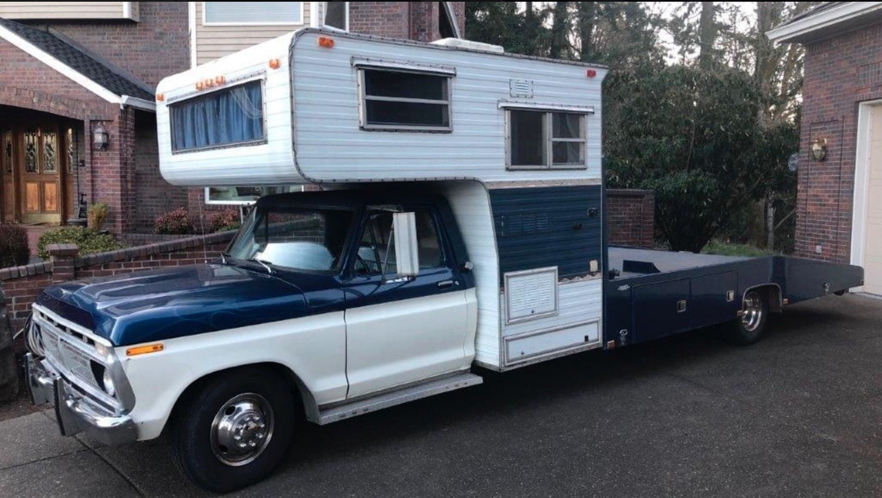 Best of 2019: This 1976 Ford Hauler Is Everything In One: Ramp Truck And Hotel Room!