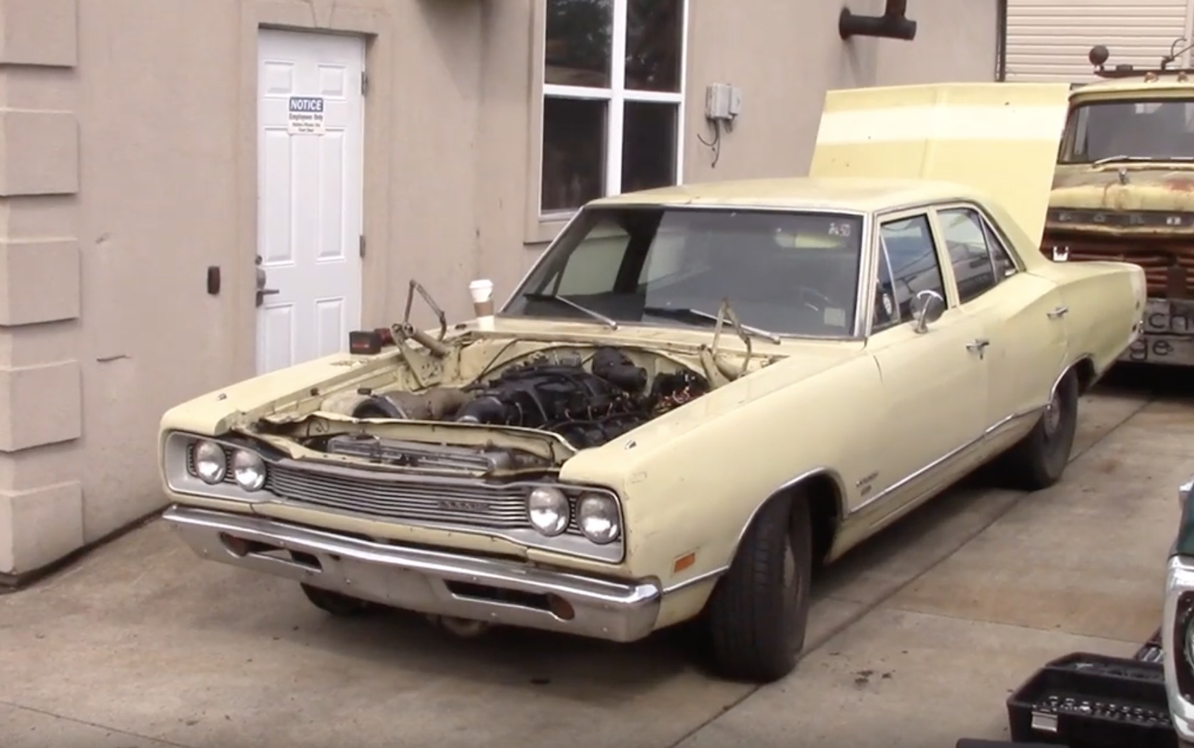 Fixing A Brick: This Dodge Coronet's Turbocharged 3G Hemi Gets An In-Depth Checkup!
