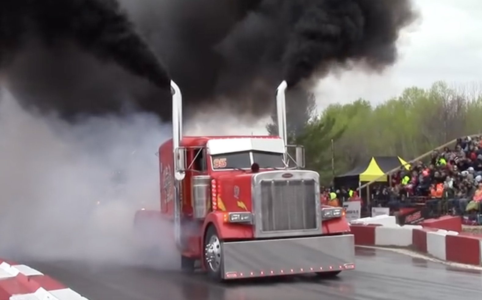 Monster's Ball: Semi Tractor Burnouts At The Great Lakes Big Rig Challenge