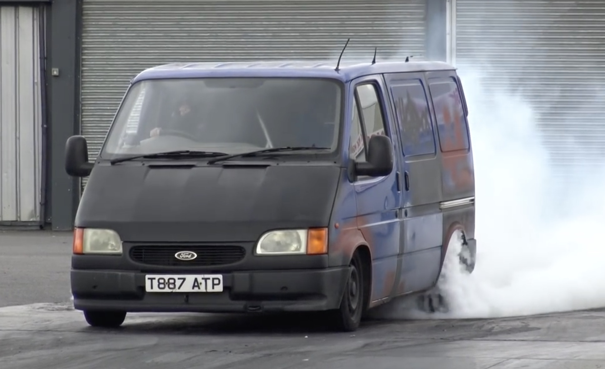 Speedy Delivery: A Lexus-Powered Ford Transit Digging In Deep At Santa Pod